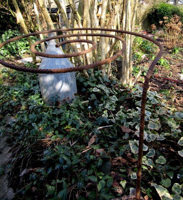 Les 25 meilleures id es de la cat gorie supports pour for Plante haute