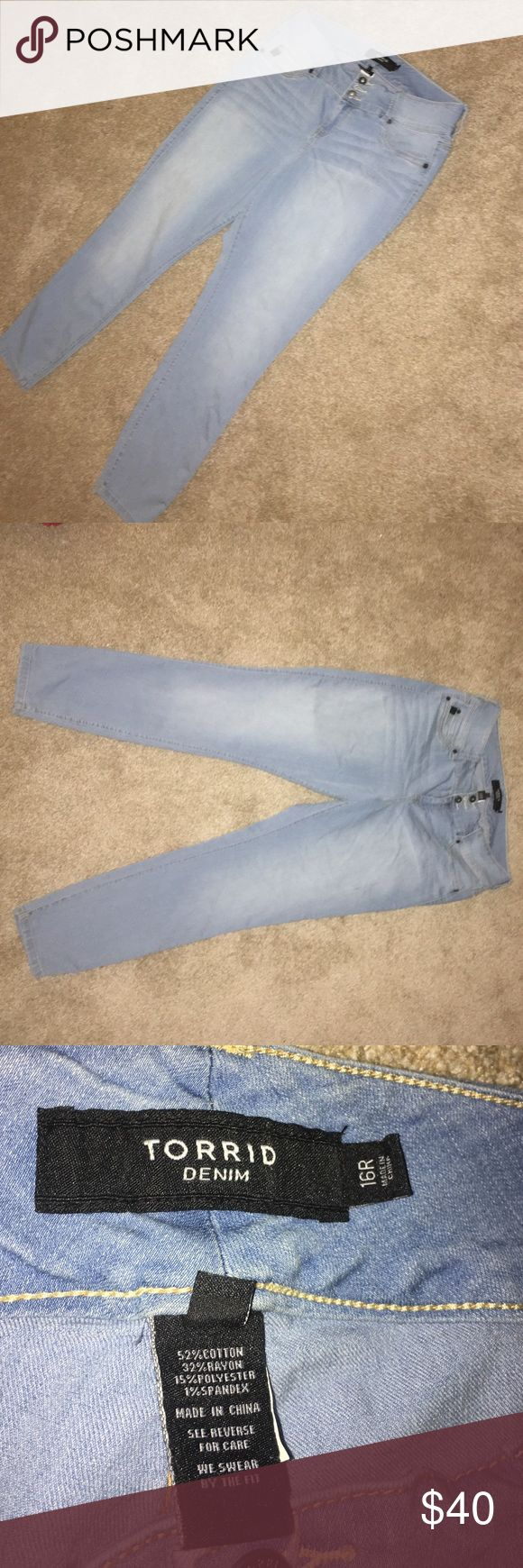 New Torrid Light Blue Skinny Jeans These Torrid skinny jeans are brand new! They are light blue and have 3 buttons on waist to diminish the need for a belt. They look and feel great! Have 2 pockets on back and a small pocket on the front. They have been in my closet which is why they look wrinkly but they have never been used before! torrid Jeans Skinny