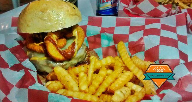 Un rico concepto nuevo en la ciudad de hamburguesas y sándwiches americanos con el sabor de los barrios bajos de Chicago, San Francisco y New York.