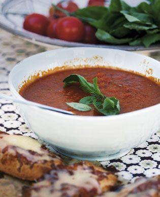 En velkrydret tomatsuppe får varmen til at sprede sig i hele kroppen