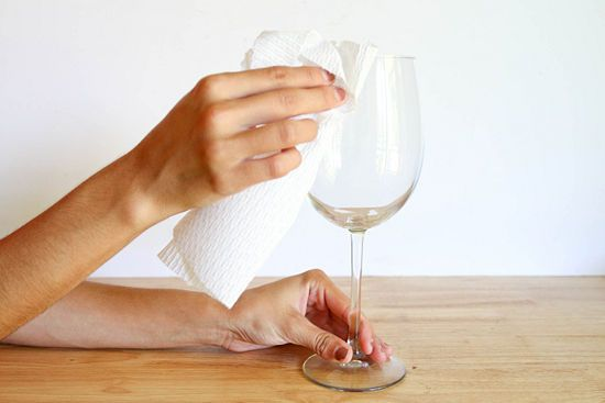 How to Paint Wine Glasses with Step-by-Step Pictures - wikiHow