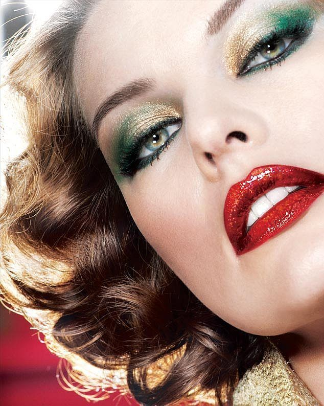 The use of makeup  in this exapmple combines the typical Christmas colours to add texture with a subtle look which does not take attention away from the hair.