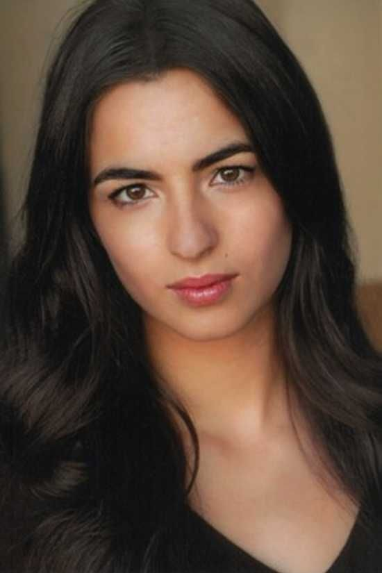 Alanna Masterson. actress. plays tara from the walking dead