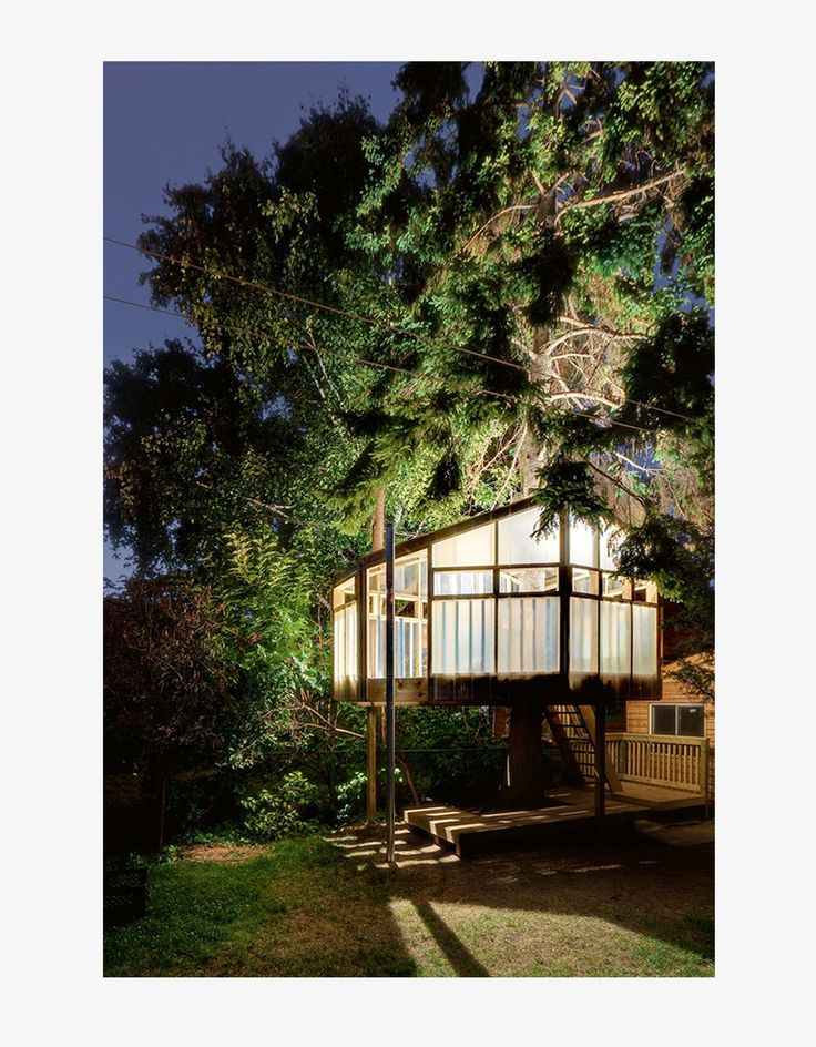 A coffee table book illustrating a tour of the world's most innovative and beautiful treehouses. Each featured treehouse is shown in photograph and illustration alike, and biographies are provided for