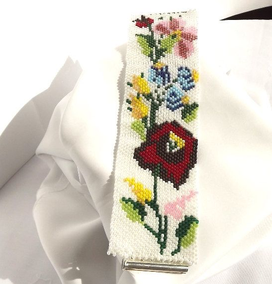 FREE SHIPPING Seed Bead Bracelet  Flowers of Kalocsa by Mamyblue, $60.00