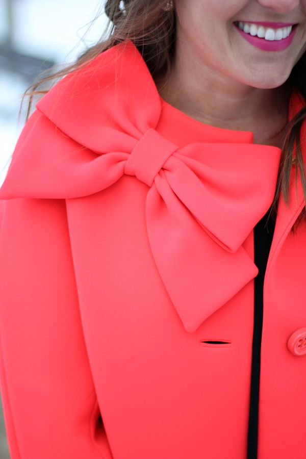 Kate Spade bow coat. Oh I love this.