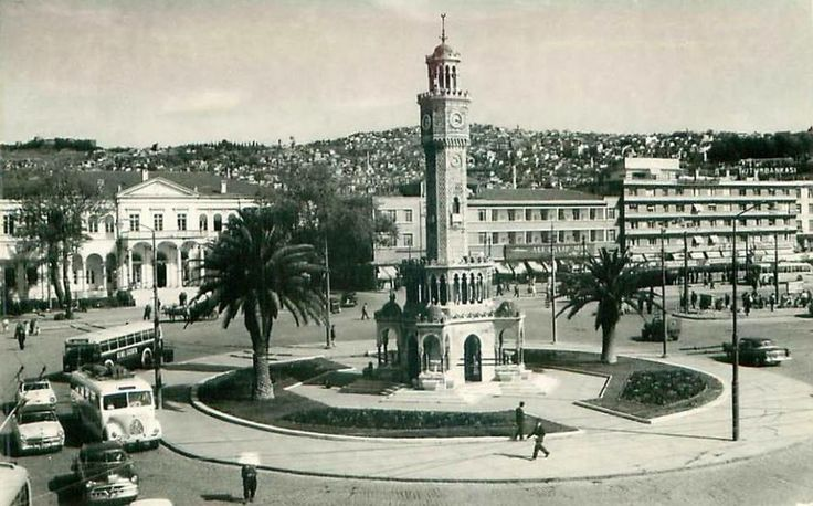 KONAK MEYDANI İZMİR 1950 LER