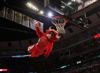 Benny the Bull, Chicago Bulls