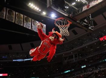 Benny the Bull, Chicago Bulls