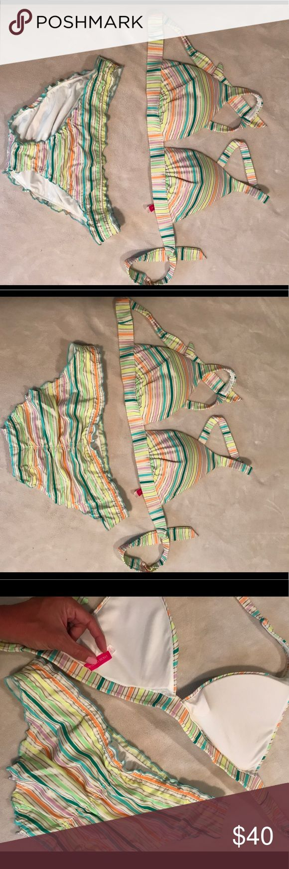 Victoria's Secret Bikini Brand New, never worn. Triangle/halter type with extra padding for extreme push-up and scrunch bottom modest coverage ruched bottoms! Pretty vibrant colors! Victoria's Secret Swim Bikinis