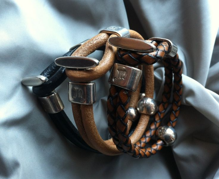 Collection Argo : model Dioscuri in leather beige, black and woven leather brown www.montecristojewels.com