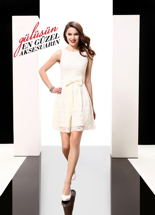 ELFE Elbise Markafoni'de 259,50 TL yerine 129,99 TL! Satın almak için: http://www.markafoni.com/product/3616675/