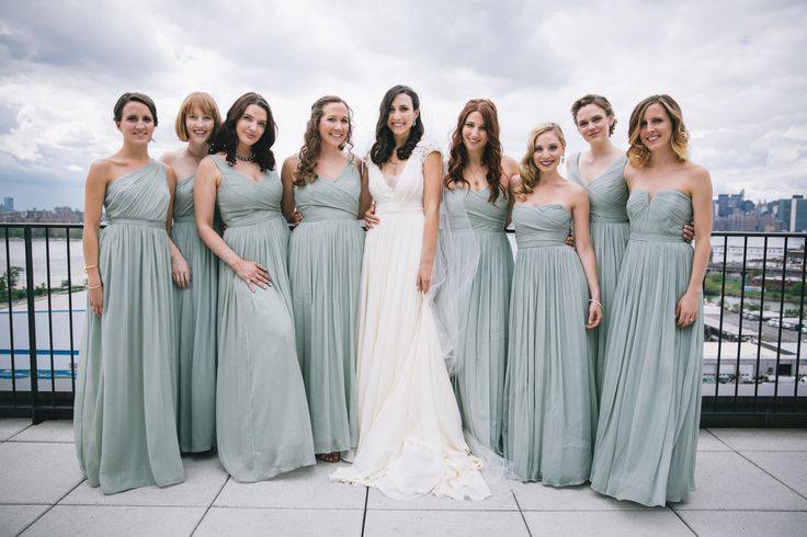 Wedding Dress Styles: Chic Brooklyn Wedding With The NYC Skyline
