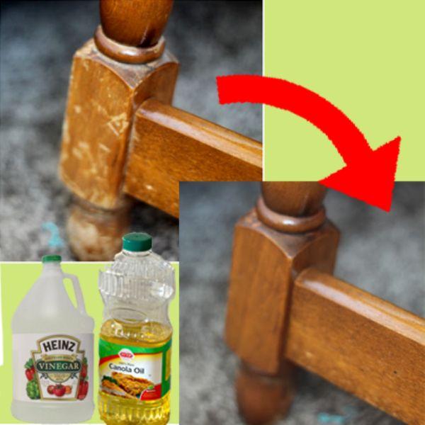 Dica incrível para reparar móveis de madeira: Use 3/4 xícara de óleo de canola e adicione 1/4 de xícara de vinagre (vinagre branco ou de maçã) - misture em um frasco e, em seguida, esfregue a mistura na madeira. Você não precisa limpar: a madeira absorve a mistura! (Fonte: http://www.goodshomedesign.com/tip-naturally-repair-wood-vinegar-canola-oil/)