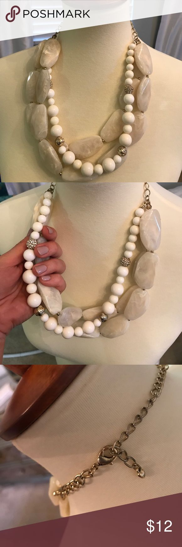 Beautiful white statement necklace From Francesca's. so stunning. Receive compliments every time. Statement piece Francesca's Collections Jewelry Necklaces
