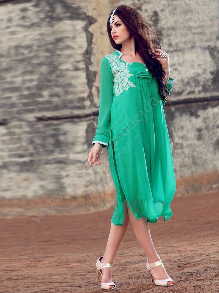 Нефритовое красивое платье из шифона, с длинными рукавами, украшенное вышивкой скрученной шёлковой нитью