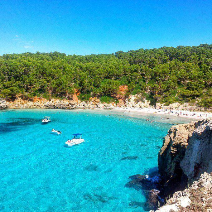 Las Playas Más Raras Bonitas Y Paradisiacas De La Geografía Española Playas España Playas Paradisiacas Viajar Por España