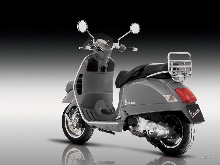 Vespa 300 GTV - scooter