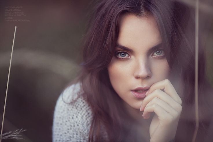 31 Best Green Eyed Brunette Images On Pinterest Faces