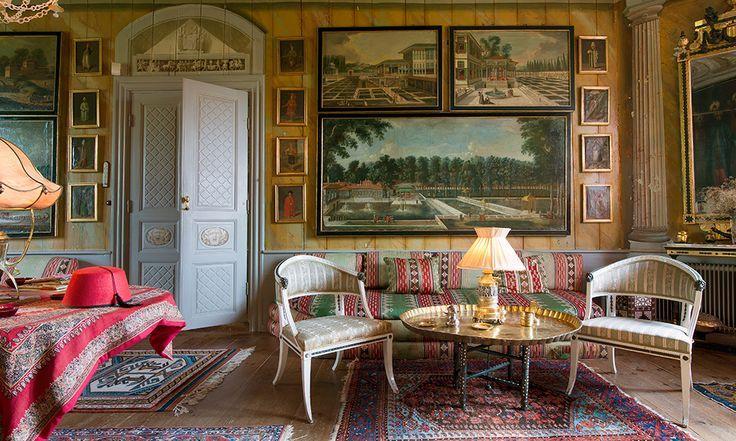 På Biby fideikommiss fanns unik konst från 1700-talet och högkvalitativa möbler. I juni såldes stora delar av herrgårdens inventarierna på Stockholms Auktionsverk.