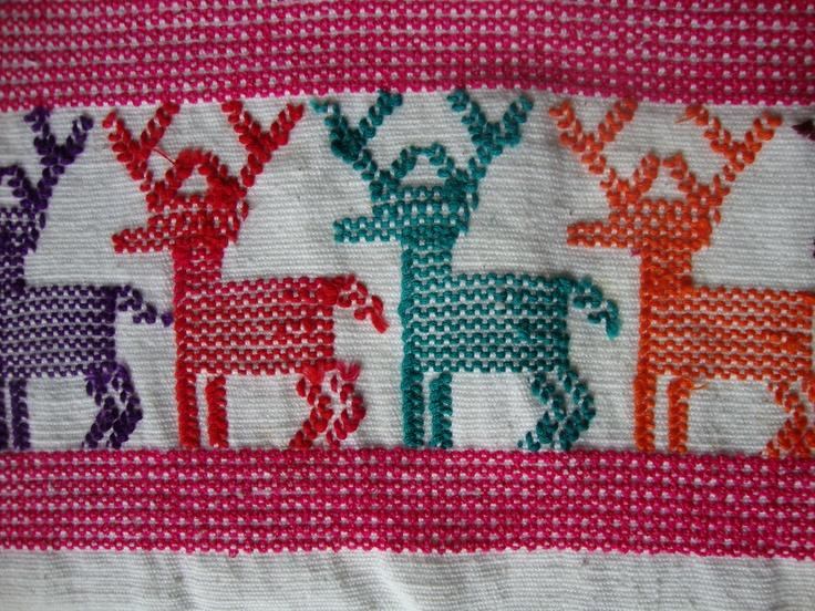 Textil mixteco./ Mixtec textile.