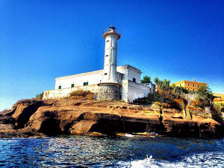 www.vacanzevelaisoleeolie.it www.verso-sud.it #vacanze vela #vacanzebarcavela #versosudcharter #antoniomarzanoskipper #charterboat #charter #igerlatina #igerslatina #igersitalia #igerslazio #ventotene #loves_world #loveitaly #lazio #latina #volgoitalia #volgolatina #volgolazio #paesaggi_italiani #italia_super_pics #lazio__super_pics #bestlaziopics #calanave #vacanzevelaeolie #wonderfulworld #vivo_latina #vivo_lazio #visit_lazio #likes_latina
