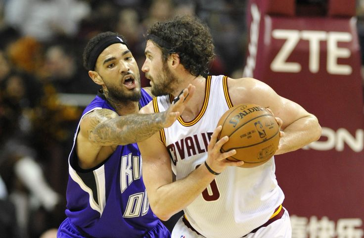 Kevin Love plays through pain for Cleveland Cavaliers #Lakers...: Kevin Love plays… #Lakers #NbaAllStarVoting #KevinLove #KobeBryant