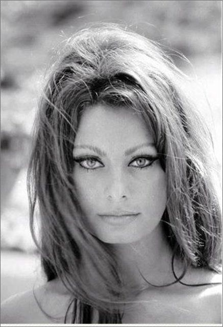 Sophia Loren - very young