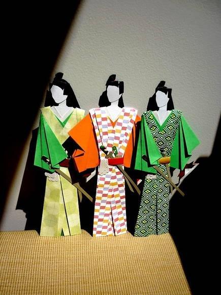 Marcador de livro SAMURAI. Designer Sayuri Murakami. momoartesanatos@gmail.com momoartesanatosbrasil.blogspot.commomoartesanatos.elo7.com.br loja.momoartesanatos.com.br Rio de Janeiro - RJ - Brasil.