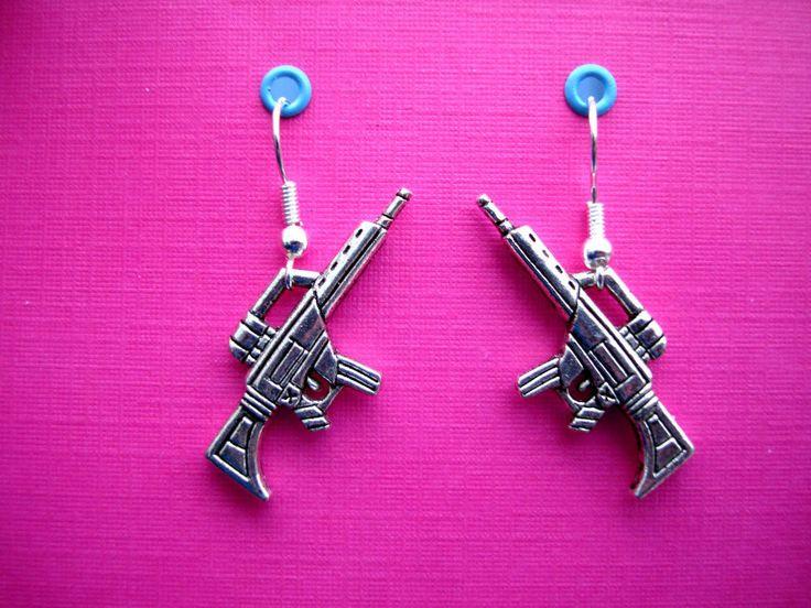 FUNKY SILVER MACHINE GUN EARRINGS RAMBO GANGSTER FANCY DRESS KITSCH MOBSTER EMO  #bluebubble #DropDangle
