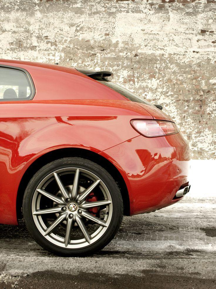 Alfa_Romeo_Brera_12_by_Stoelen7.jpg 768×1.024 pixels