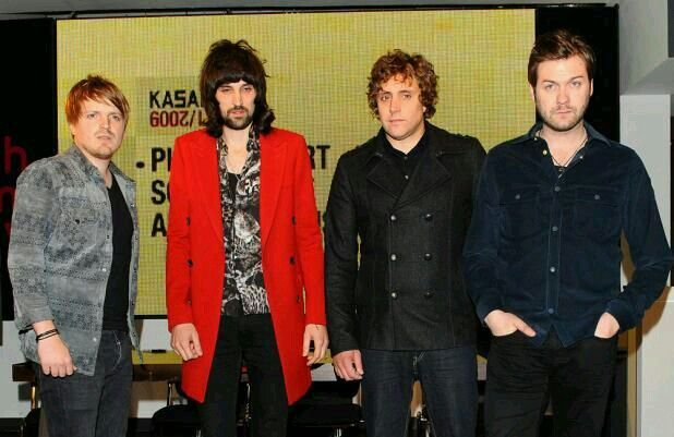 #KASABIAN   Kasabian say they're now ready to play stadium concerts.  It follows on from their success having played #Glastonbury earlier this year, and a five-night run at #London's #BrixtonAcademy.  Kasabian's #TomMeighan says it's time they play stadiums including #Wembley and #Murrayfield.  Posted on: Wednesday 17th December 2014, 10:08 AM  Source: CI4TKS™ - The Ticket Search Engine! www.EntertaimmentNe.ws   Author: Click It 4 Tickets  Buy tickets online at…