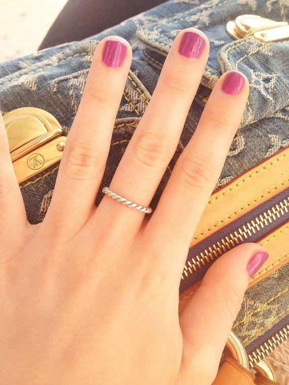 Silver braided ring / anillo trenzado de plata by Potisse on Etsy, €17.00
