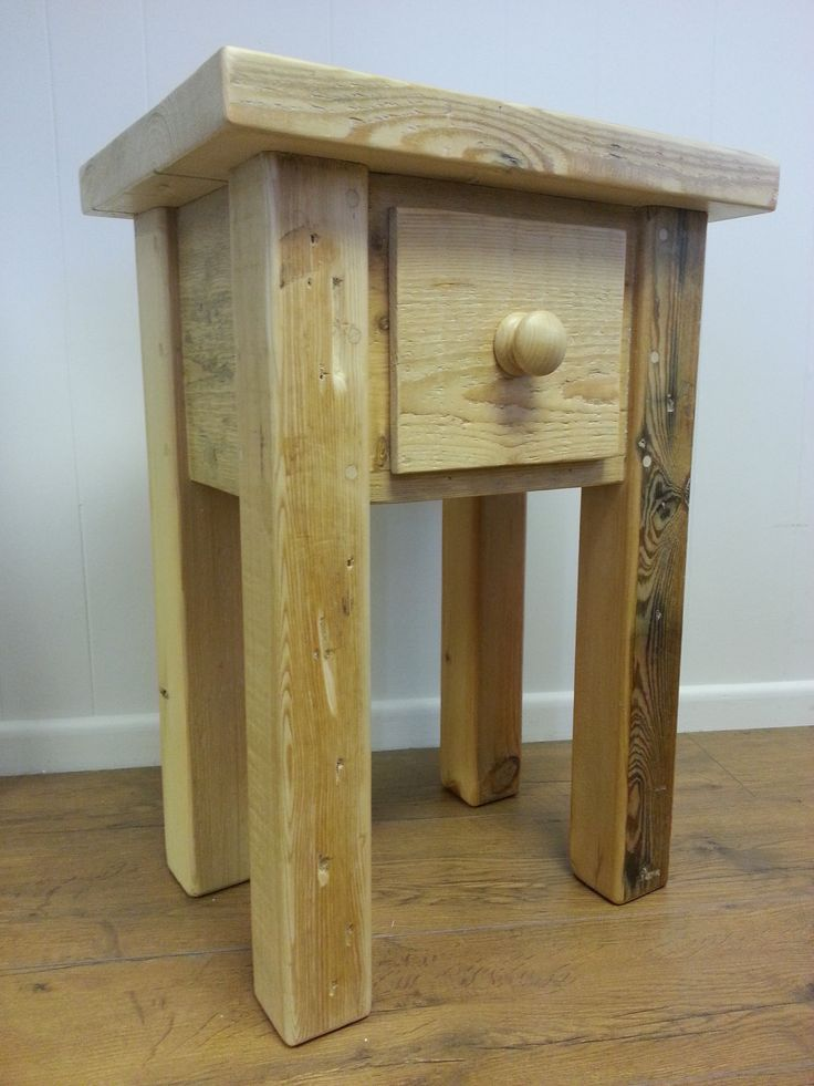 Reclaimed pine lamp table/bedside.