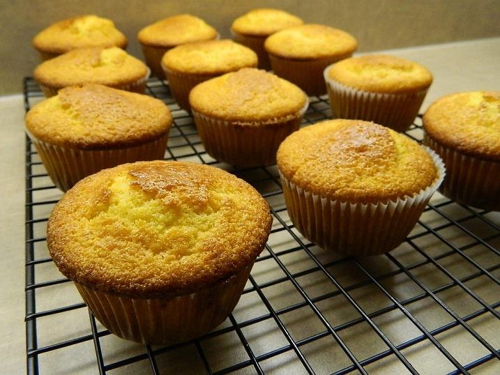 Honey Cornbread Muffins | Food | Pinterest