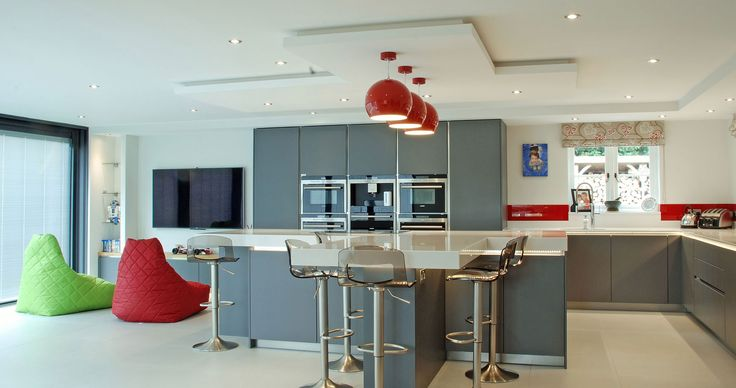 46 best images about high gloss kitchens on pinterest for Kitchen design uckfield