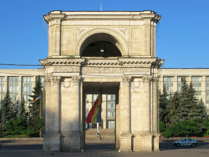 The Triumphal Arch (1841) opposite the Government of Moldova Building in Chisinau commemorates the Russian victory over the Ottoman Empire during the Russo-Turkish War of 1828-29.