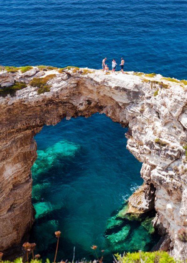 Tripitos-Arch-Paxos-Greece