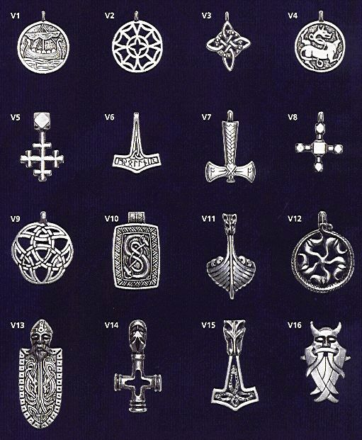 Valhalla pewter Accessories: Viking Axe, Thor's Hammer, North Star, Nordic Crossle, Wolf Hammer, Odin's Mask and other Viking pendants                                                                                                                                                                                 Más