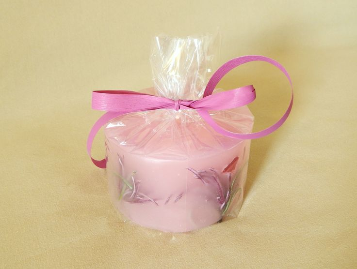 Pink handmade candles with strawberry aroma. #handmamde #candles @kirofos
