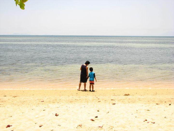 Short Summer Getaway at Aquaria Beach Resort at Playa Calatagan Batangas - Mommy Levy