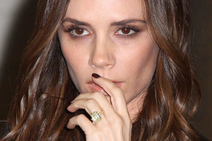 victoria beckham engagement ring ring pinterest celebrity engagement rings fashion beauty and victoria beckham engagement ring - Victoria Beckham Wedding Ring