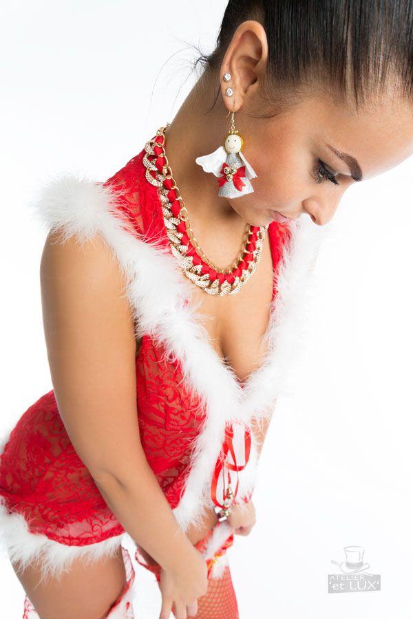 Session 'Santa Tritzi'  Photography: Atelier 'et Lux' Model: Tritzi Sz