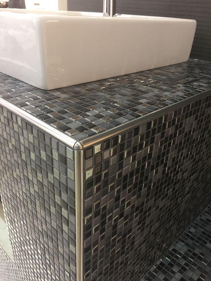 unterkonstruktion waschtisch aus wedi bauplatten mosaik fliesen jasba natural glamour wedi. Black Bedroom Furniture Sets. Home Design Ideas