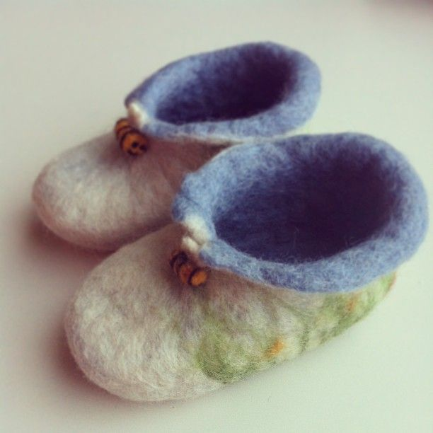 White - grey - green felted baby booties with little felted bees.