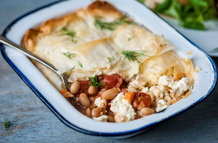 Traditional comfort food doesn't get much better than these cheesy beany pies by Dominic Chapman. They're wonderfully comforting and hearty, perfect for a winter afternoon. Find this recipe and many more at Tesco Real Food.