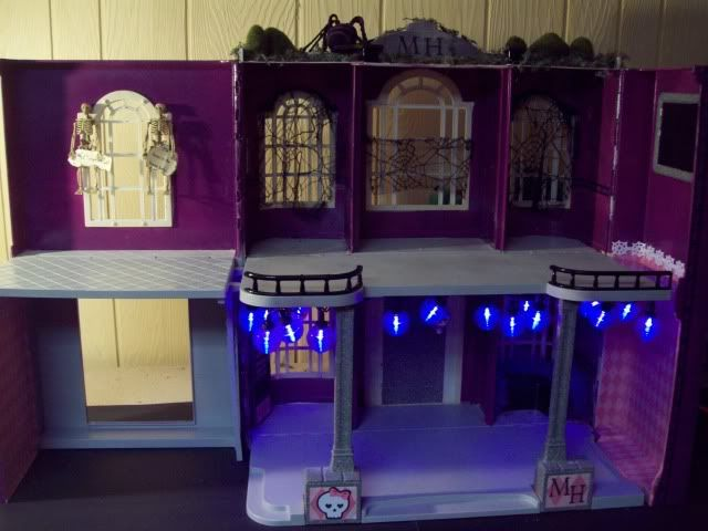 Simple classic monster high school before furniture ooak for S furniture tunstall