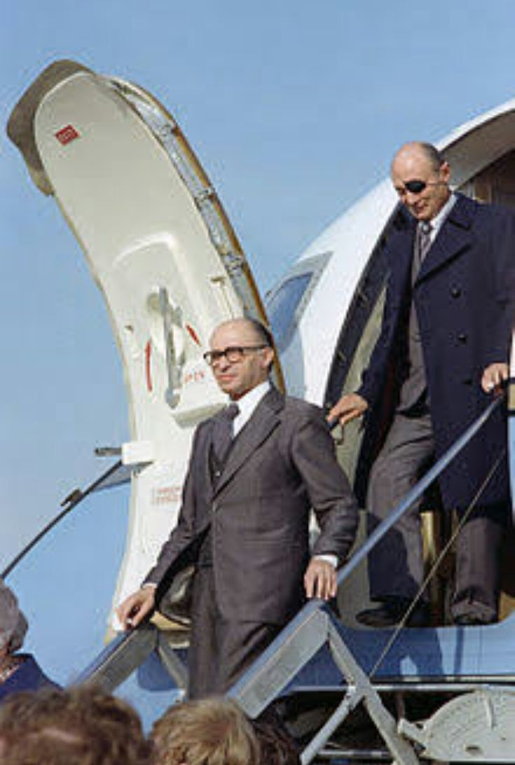 Menachem Begin&Moshe Dayan