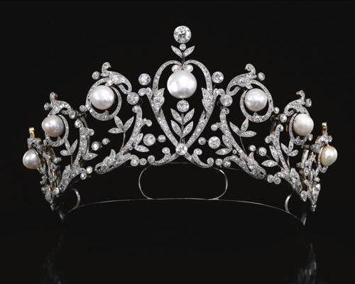 Regalo de la reina María Cristina a su nuera Victoria Eugenia cuando ésta se casó en 1906 con Alfonso XIII
