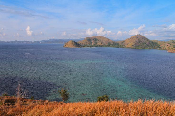 Something beautiful is on the horizone. #KelorIsland #Komodotrip #Flores #Indonesia #IndonesiaLandscape #IndonesiaAdventure